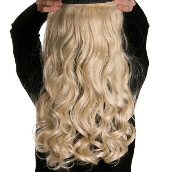 Accessories Flash Sale Blonde 17 Clipin Hair Extension Poshmark